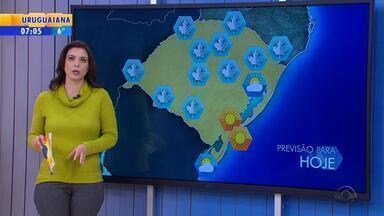 Sol predomina em todas as regiões do RS nesta terça-feira (19) - A máxima será de 14ºC em Santa Maria.