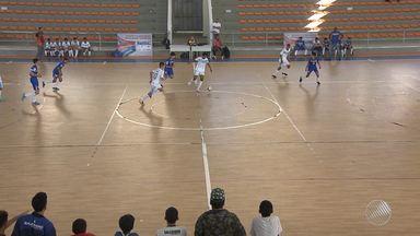 Jovens se preparam para os Jogos Escolares da Juventude - Em Salvador as seletivas acontecem no Ginásio de Cajazeiras; confira.