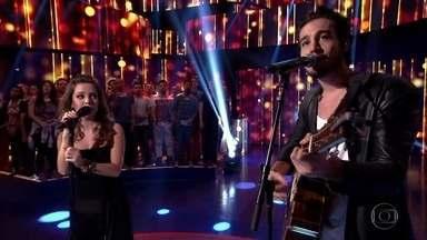 Sandy e Tiago Iorc se apresentam no Caldeirão - Músicos realizam a música Me Espera, composta em parceria.