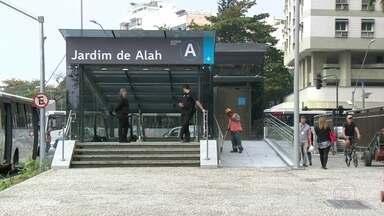 Inauguração de mais uma estação da linha 4 do metrô - Estação Jardim de Alah foi inaugurada na manhã de hoje.Os trens já estão circulando, mas apenas para testes.Na próxima segunda-feira, o acesso será liberado para pessoas com credenciais olímpicas, e a no dia 5 para quem tiver ingressos.