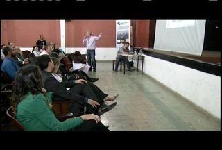Justiça Eleitoral de Valadares realiza reunião para envolvidos em eleições - Objetivo foi esclarecer novas regras para as eleições de outubro.