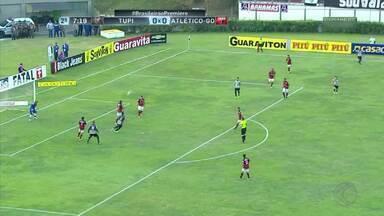 Tupi-MG vence Atlético-GO e fica a três pontos de deixar zona de rebaixamento - Atacante Jonathan se redime após desperdiçar duas ótimas chances e faz gol da vitória mineira no Mário Helênio.