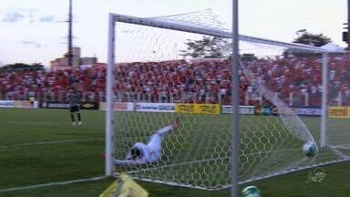 Em jogo de sete gols, Ceará vence Vila Nova em Goiânia - Com resultado, Vovô se torna vice-líder da Série B.