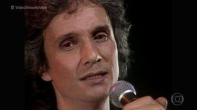 Veja Roberto Carlos cantando 'Café da Manhã' em inglês - Clipe da música 'Breakfast' foi ao ar em 1981