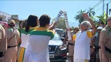 Tocha Olímpica se despede do estado de São Paulo - O revezamento começou em Taubaté, passou por São Luiz do Paraitinga e Ubatuba. Agora, ela vai para o Rio de Janeiro.