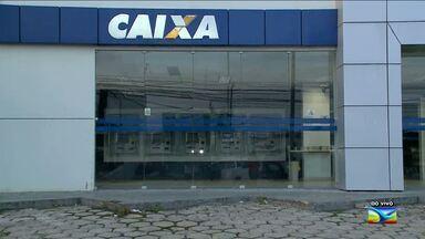 Agências bancárias estarão de portas fechadas neste feriado em São Luís - Usuários podem usar canais alternativos de atendimento bancário, como os caixas eletrônicos, internet banking, mobile banking e banco por telefone para fazer transações financeiras.