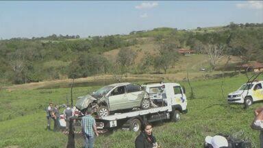 Corpo da modelo Aline Pereira é encontrado em rodovia de Piracicaba - O corpo dela foi encontrado embaixo do carro, que estava em uma ribanceira.
