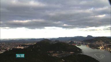 Veja como fica o tempo no Espírito Santo nesta segunda-feira (1) - Dia começou com sol entre nuvens e chuva fraca prevista somente para o início da manhã.