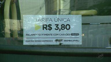 Aumento no preço das passagens de ônibus preocupa passageiros em Ribeirão Preto, SP - População passou a pagar R$ 3,80 pelo serviço e valor gerou muitas reclamações.