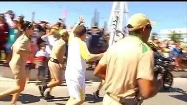 Tocha Olímpica passa pela Região dos Lagos - Chama chegou em São Pedro da Aldeia. 168 pessoas vão participar do revezamento hoje.