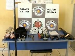 Polícia Militar localiza explosivos em uma casa de Martinópolis - Material estava no Parque das Grevilhas.