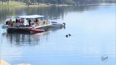 Bombeiros fazem buscas por jovem que se afogou na represa em Rifaina, SP - O turista, que é de Ribeirão Preto, desapareceu após cair de uma lancha.