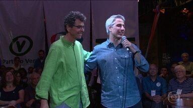 Alessandro Molon é o candidato do partido Rede Sustentabilidade à prefeitura do Rio - Roberto Anderson, do PV, é o candidato a vice na chapa