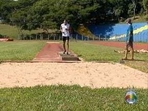 Atleta da região está suspenso pela Confederação Brasileira de Atletismo - Danylo Santos foi pego no exame antidoping.