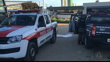 JPB2JP: Troca de tiros num hipermercado da Capital - Bandidos atacaram durante abastecimento de caixas eletrônicos.