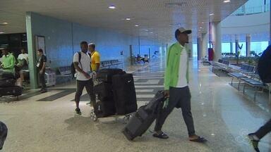 Nigéria embarca para Manaus a poucas horas de estreia na Olimpíada - Seleção olímpica chegou 7 horas antes de entrar em campo para o jogo contra o Japão, nesta quinta-feira (4).