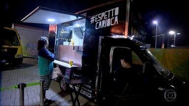 Comitê Olímpico investe em food trucks para tentar diminuir as filas - Comitê Olímpico investe em food trucks para tentar diminuir as filas.