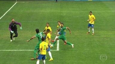 Brasil é vaiado de novo no futebol masculino após 0 a 0 com Iraque - A seleção masculina de futebol voltou a ser vaiada depois de um novo empate em 0 a 0 contra o Iraque. Agora, o time precisa ganhar na quarta-feira (10), contra a Dinamarca, para avançar até a próxima fase.