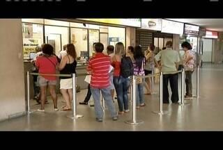 Confira as regras para idosos ter direito às passagens interestaduais gratuitas - Benefício é válido para transporte via ônibus, trem ou barco.