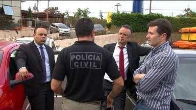Policiais e delegados decidem entregar cargos de chefia ao governo do DF - Cerca de 1,1 mil cargos comissionados foram devolvidos ao governo.