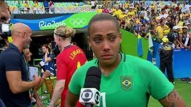 Brasil é eliminado pela Suécia nos pênaltis no futebol feminino - Depois do terceiro zero a zero, a seleção feminina de futebol foi eliminada pela Suécia na disputa de pênalti, diante de um Maracanã lotado.
