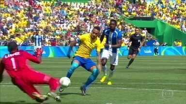 Gol relâmpago de Neymar abre goleada sobre Honduras e Brasil vai à final - Com gol aos 14 segundos de jogos, o Brasil vai tentar o ouro olímpico.