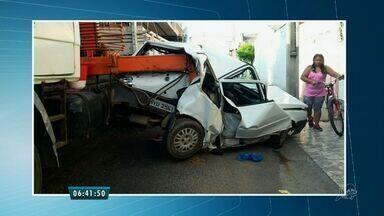 Acidente entre caminhão e um veículo deixa feridos em Sobral - Apesar do susto, ninguém ficou ferido.