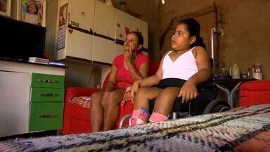 Menina com espinha bífida deixa de receber fraldas - Menina com espinha bífida deixa de receber fraldas a que tem direito.
