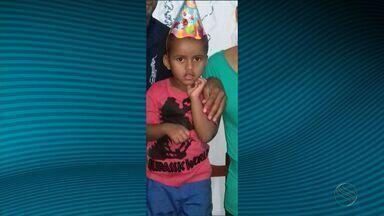 Padrasto e mãe de criança desaparecida são soltos - Padrasto e mãe de criança desaparecida são soltos.