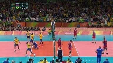 Brasil vence a Rússia e está na final masculina do vôlei - O time de Bernardinho jogou uma partida quase perfeita e venceu o time russo por 3 sets a zero.