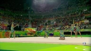 Atletas brasileiras se apresentam na ginástica rítmica em conjunto simples - Atletas brasileiras se apresentam na ginástica rítmica em conjunto simples