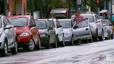 Após Área Azul, número de veículos estacionados no Centro caiu 25% em Poços de Caldas - Após Área Azul, número de veículos estacionados no Centro caiu 25% em Poços de Caldas