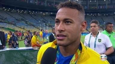 Neymar diz que não quer mais ser capitão da Seleção Brasileira - Neymar confirmou que vai entregar a braçadeira de capitão da Seleção.