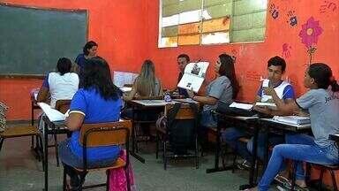 Estudantes reclamam da estrutura de escolas estaduais em Rondonópolis - Estudantes reclamam da estrutura de escolas estaduais em Rondonópolis.