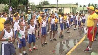 Projeto Pelotão Mirim é realizado em Arapiraca - Uma turma de estudantes participam do projeto.