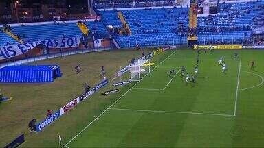 Luverdense perde com gol polêmico nos acréscimos do Avaí - Luverdense perde com gol polêmico nos acréscimos do Avaí