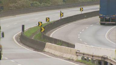 Concessionária da Rodovia Fernão Dias estuda aumentar barreiras entre as pistas - Concessionária da Rodovia Fernão Dias estuda aumentar barreiras entre as pistas