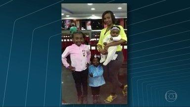 Polícia investiga o linchamento de um motorista que atropelou quatro pessoas em Caxias - Três crianças e a mãe delas foram atropeladas. Duas filhas morreram. A Divisão de Homicídios da Baixada Fluminense busca imagens de câmeras de segurança da região para ajudar a esclarecer o caso.