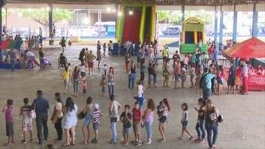 Em Ji-Paraná, alunos tem dia de brincadeiras para aprender sobre trânsito - Objetivo foi ensinar sobre leis de trânsito de forma lúdica.