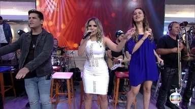 Banda Magníficos canta 'Apaixonada' - Música invade o 'Encontro' e leva alegria aos convidados e à plateia