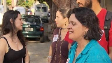 Vanessa Portugal (PSTU) diz que, caso seja eleita em BH, educação será prioridade - Ela se encontrou com militantes em frente a uma Umei.