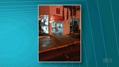 Bandidos arrombam dois bancos em Cidade Gaúcha - Agência da Caixa Econômica e Banco Bradesco foram alvo dos criminosos