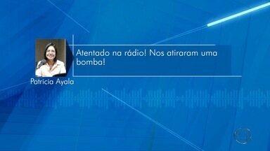 Granadas são encontradas no teto de rádio paraguaia - Rádio Amambai foi alvo de atentado durante programação. Locutora pediu socorro ao vivo.