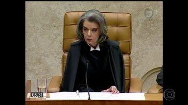 Ministra Cármen Lúcia assume presidência do Supremo Tribunal Federal - Cármen é a segunda mulher a presidir a Suprema Corte. O mandato é de dois anos.