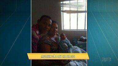 Mulher dá a luz na rodovia BR-376 a caminho do hospital - A mãe e a criança, um menino, estão internados em um hospital de Maringá.