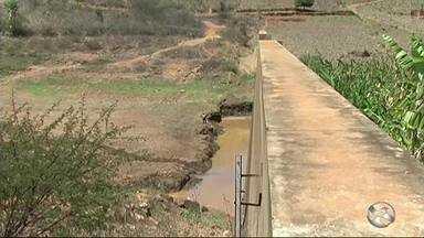 Barragem de Brejinho entra em colapso no Sertão - Reservatório está localizado no município de Triunfo.