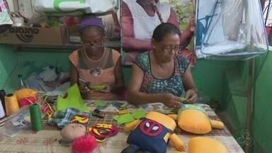 Para driblar a crise, grupo de costureiras de Macapá produzem almofadas personalizadas - Para driblar a crise, um grupo de costureiras de Macapá produzem almofadas personalizadas.