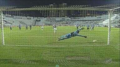 Ponte Preta vence partida contra o Grêmio pelo Brasileirão - Após derrota contra o lanterna Américo Mineiro, Ponte faz 3 a 0 no adversário.