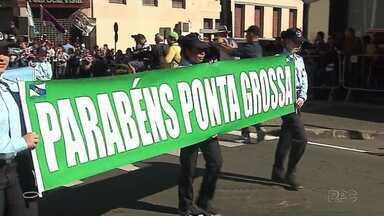 Desfile celebra aniversário de Ponta Grossa - Cidade comemora 193 anos neste dia 15 de setembro