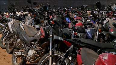 Depósito da AMMPLA está cheio de motos apreendidas - 109 multas já foram registradas pelo Detran só este mês